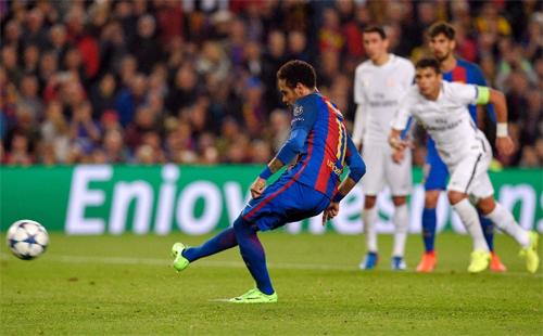 Gần 200.000 người ký đơn xin tổ chức lại trận Barca - PSG