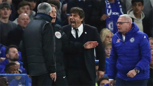 Trò cũ chê Mourinho làm bẩn lối chơi của Man Utd