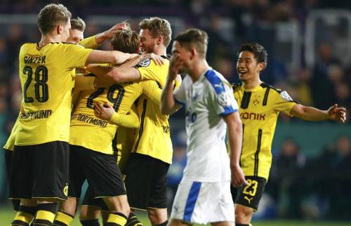 Dortmund gặp Bayern ở bán kết Cup quốc gia Đức