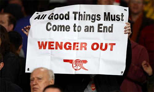 CĐV Arsenal ví Wenger với nhà độc tài Zimbabwe