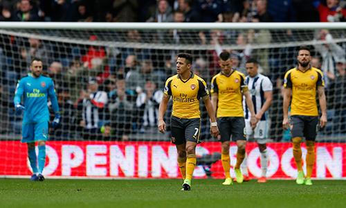 Arsenal thua West Brom, tiếp tục ở ngoài Top 4