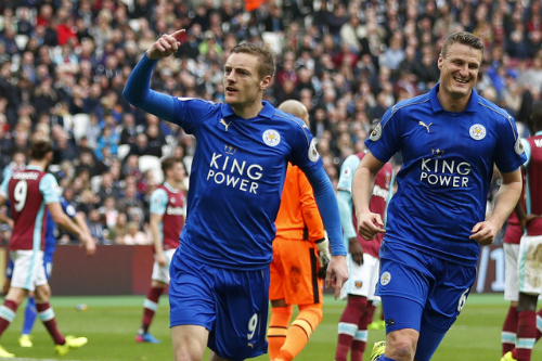 Vardy và Mahrez lập công, Leicester thắng trận thứ tư liên tiếp