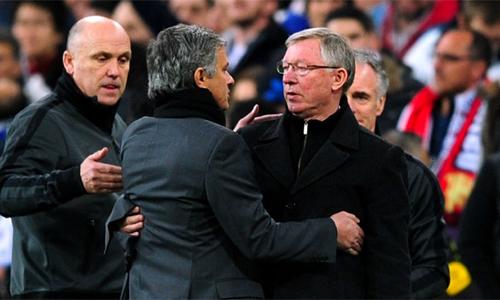 Mourinho: Ferguson không hề là bóng ma ám ảnh phòng thay đồ - ảnh 1