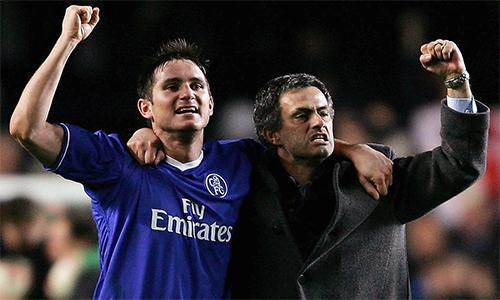 """Mourinho: """"Cầu thủ bây giờ như trẻ nít"""""""