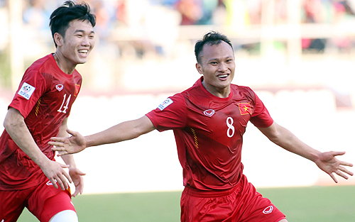 Tuyển Việt Nam thiệt quân trước giờ đi đá vòng loại Asian Cup