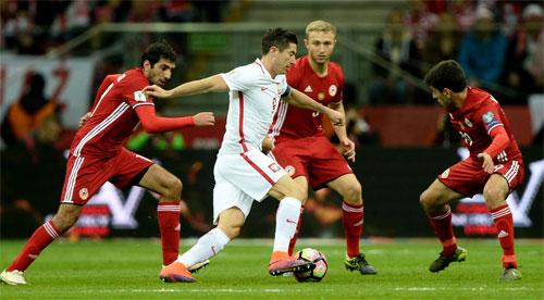 Lewandowski đưa Ba Lan tới gần vé dự World Cup 2018