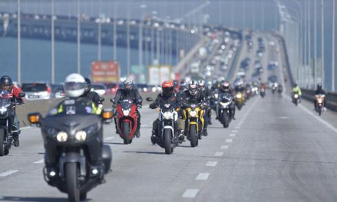 honda-viet-nam-tiep-tuc-tai-tro-doi-repsol-honda-tai-giai-motogp-2017
