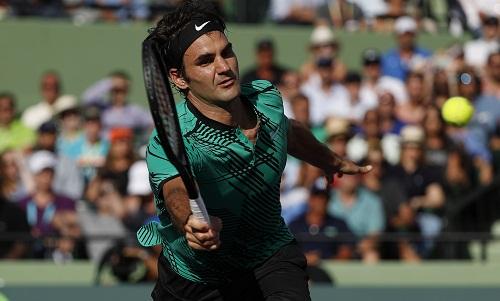 Federer vượt khó, vào bán kết Miami Mở rộng