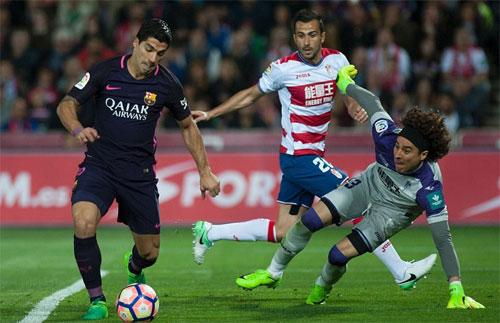 Barca đại thắng trên sân khách trong ngày vắng Messi
