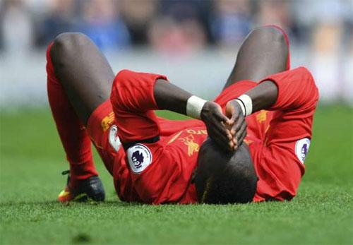 Liverpool mất cầu thủ quan trọng nhất đến hết mùa