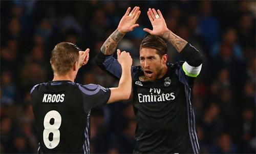 Bayern - Real: Chờ đôi chân Kroos và cái đầu Ramos