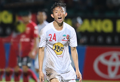 HAGL hoà Quảng Ninh sau hai lần bị dẫn trước