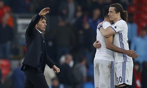 Conte so sánh David Luiz với Maldini
