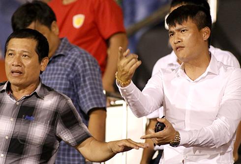 Công Vinh than trách trọng tài khi đội nhà thảm bại ở V-League