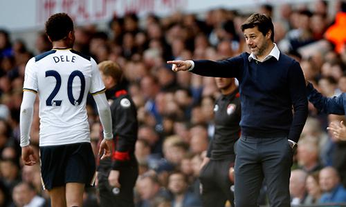 """HLV Tottenham phấn khích khi """"thổi lửa vào gáy"""" Chelsea"""