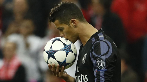 ronaldo-real-dang-co-loi-the-nho-so-voi-bayern