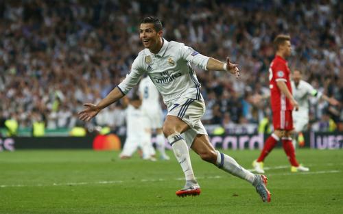 Ronaldo ghi hat-trick, Real đánh bại Bayern sau 120 phút