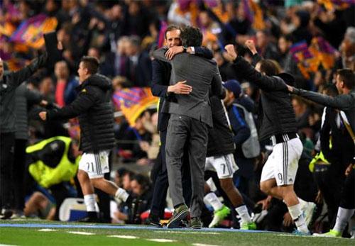 """Allegri: """"Juventus có thể chơi cả ngày với Barca mà không thua"""""""