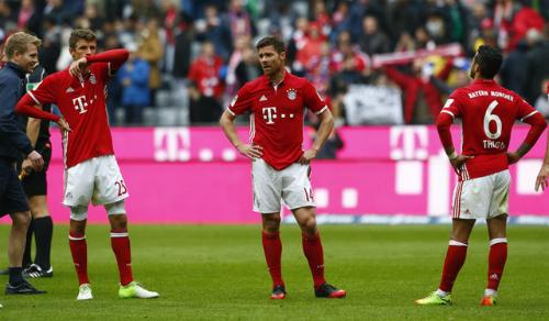 Bayern nhận thêm trái đắng khi trở về Bundesliga
