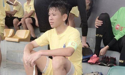 """Cầu thủ U15 Hà Nội kêu cứu vì bị HLV đối thủ doạ """"cắt gân chân"""""""