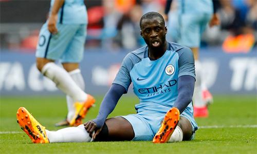 Toure muốn trận derby Manchester không có trọng tài