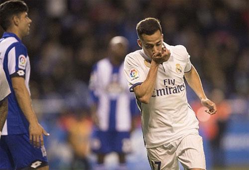 Real đáp lời Barca bằng trận đấu có tám bàn thắng