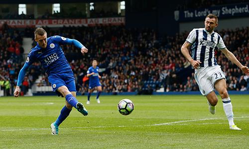Leicester chắc suất trụ hạng nhờ bàn thắng của Vardy