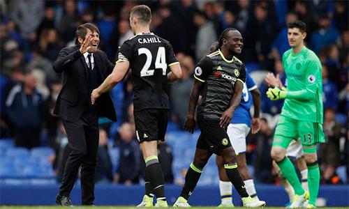 Chelsea chắc chắn giành vé quay lại Champions League