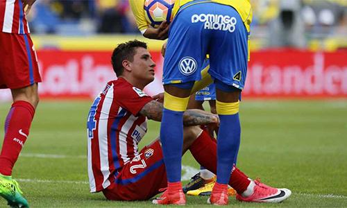 Atletico mất nửa hàng thủ trước đại chiến Real ở bán kết Cup C1