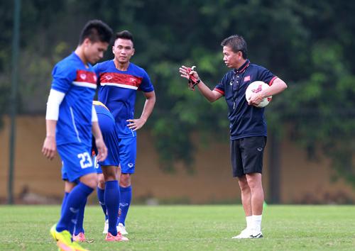"""HLV U20 Việt Nam: """"Sợ thì ở nhà, đừng đi World Cup"""""""
