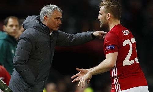 Mourinho cấm cầu thủ Man Utd đăng ảnh tập luyện lên mạng