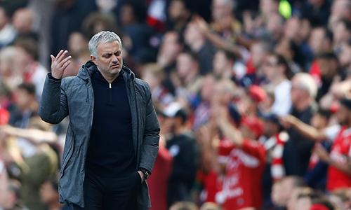 """Mourinho: """"Lần đầu tôi thấy fan Arsenal cười"""""""