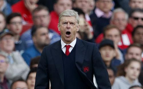 Wenger từ chối chia sẻ quyền lực tại Arsenal