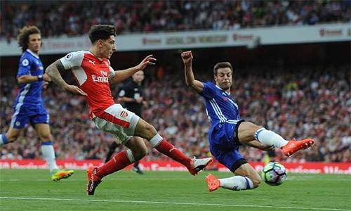 """Conte: """"Trận thua Arsenal là bước ngoặt đưa Chelsea tới ngôi cao"""""""