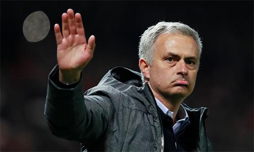"""Mourinho: """"Mùa này thất bại nếu không vô địch Europa League """""""