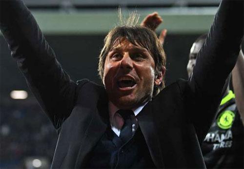 Cộng đồng mạng, Juventus tấp nập chúc mừng Chelsea vô địch sớm