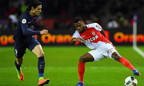 HLV của PSG nhận thua Monaco trong cuộc đua vô địch