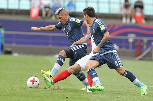 argentina-thua-dam-anh-trong-tran-ra-quan-u20-world-cup-1
