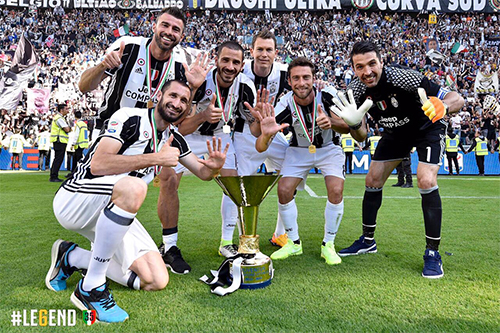 Buffon tiết lộ bí quyết trường thọ trong bóng đá đỉnh cao