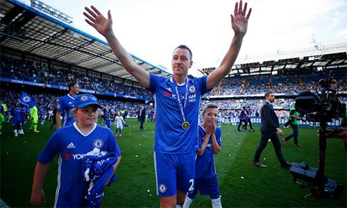Thắng cược hơn 3000 đôla nhờ John Terry từ biệt Chelsea ở phút 26