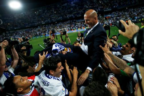 Đồng đội cũ tiến cử Zidane làm HLV tuyển Pháp