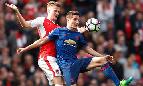 Man Utd chọn mặc áo xanh ở chung kết Europa League