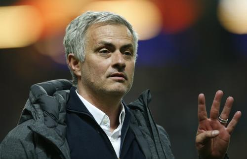 mourinho-ha-thap-vi-tri-a-quan-va-top-4-ngoai-hang-anh