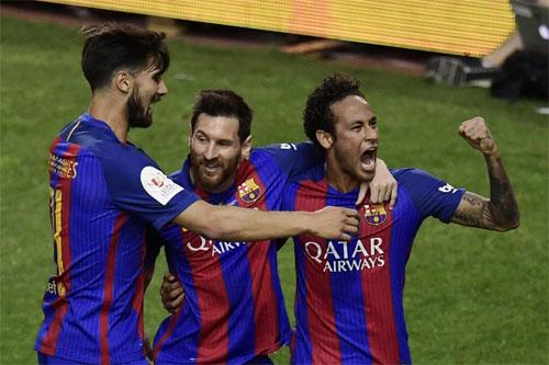 Neymar san bằng kỳ tích tồn tại hơn nửa thế kỷ của huyền thoại Real