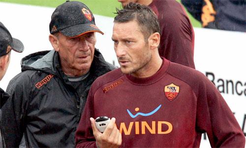 Thầy cũ tin Totti bị ép phải rời Roma