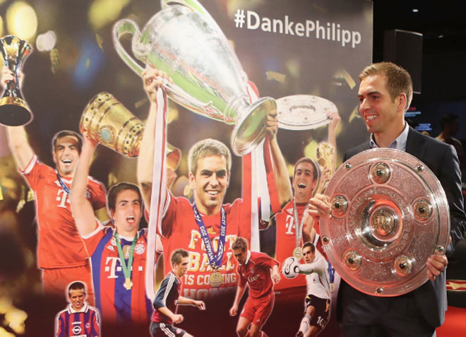 Lahm gia nhập Ngôi nhà huyền thoại Bayern