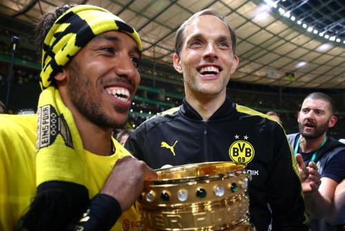 Dortmund sa thải HLV Tuchel sau chức vô địch Cup quốc gia