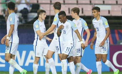 Cầu thủ Everton đưa Anh vào tứ kết U20 World Cup