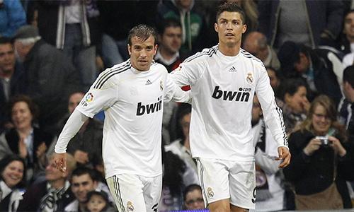 """Van der Vaart: """"Về kỹ thuật, Cristiano Ronaldo còn kém tôi"""""""