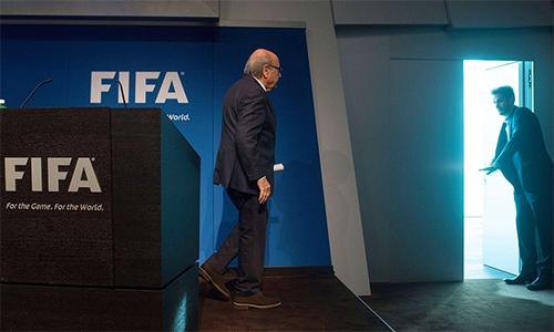 """Sepp Blatter: """"Tố giác là hành vi không đúng đắn"""""""